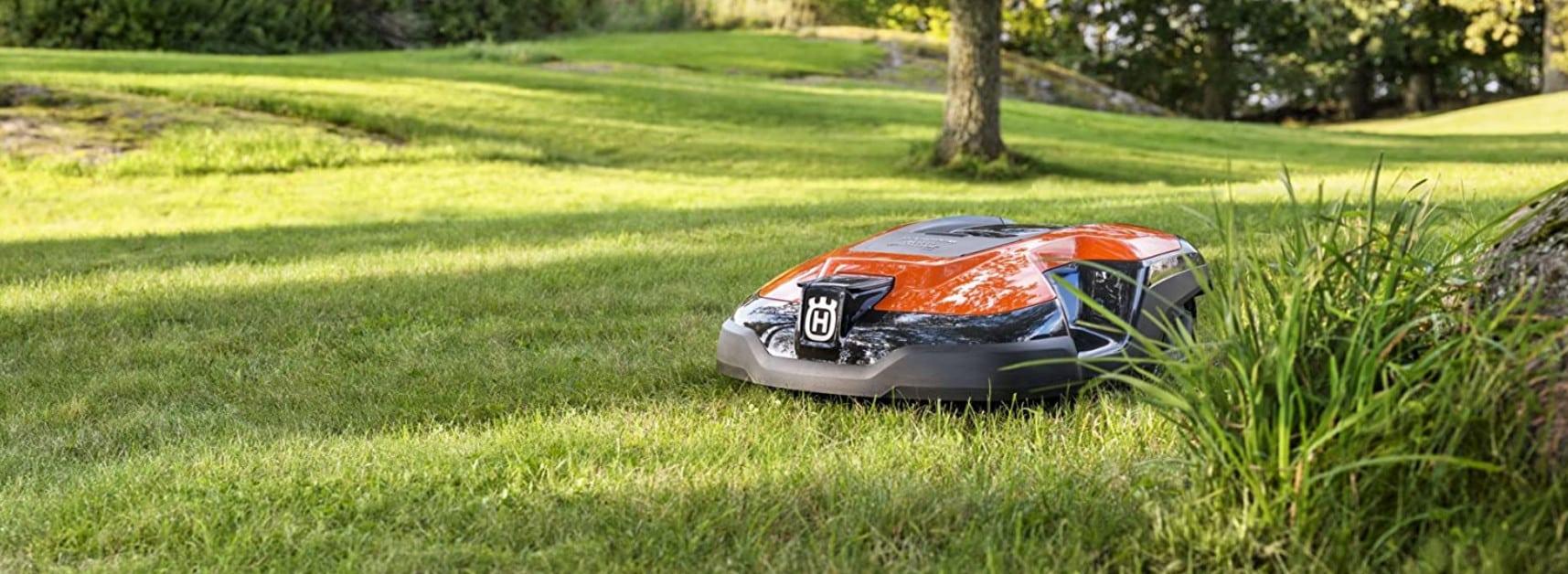 Comparatif pour choisir le meilleur robot tondeuse grande surface