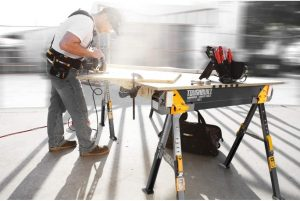 Le tréteau de travail Toughbuilt C700 pour charge lourde